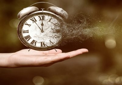La gestión psicológica del tiempo mediante la manipulación de la esfera mental consciente-continuo